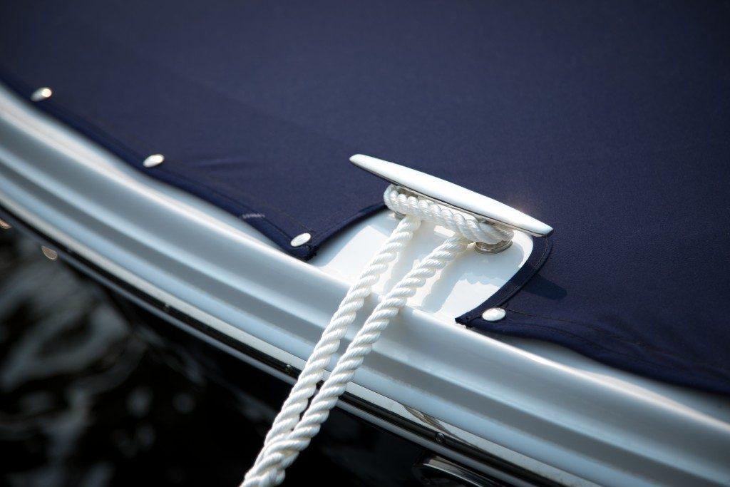 boat rope and screws
