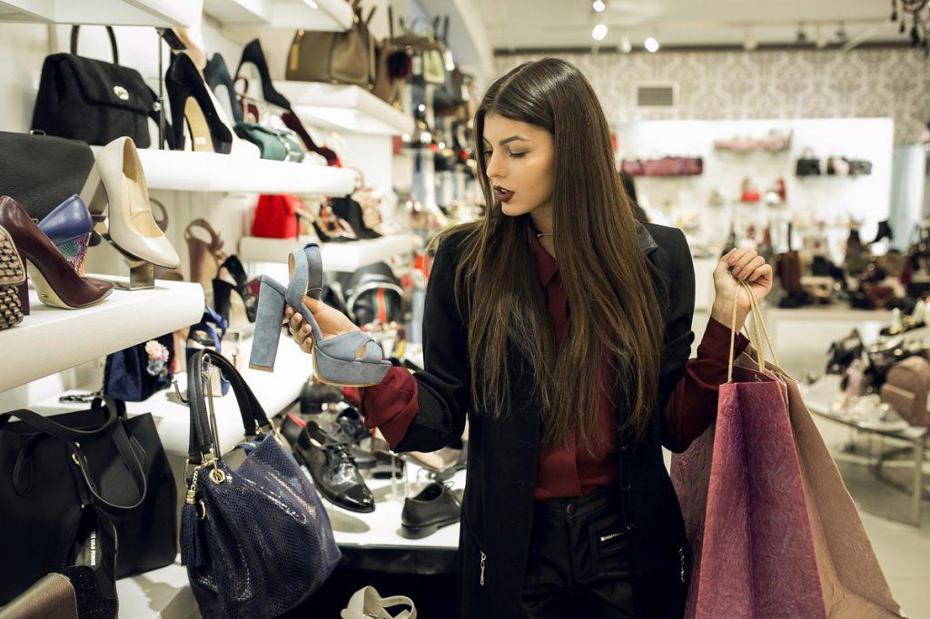 cutomer buying clothes
