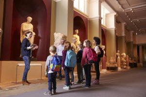 children in a museum