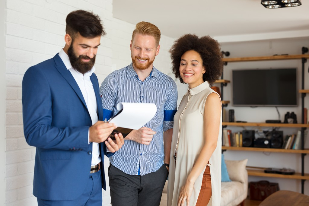 couple choosing a home